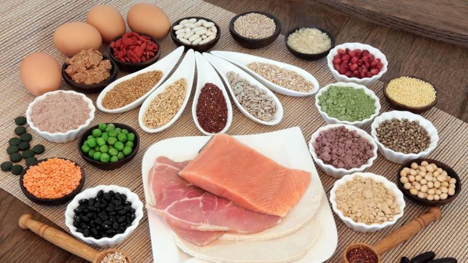 O que comer e o que evitar numa dieta à base de proteína